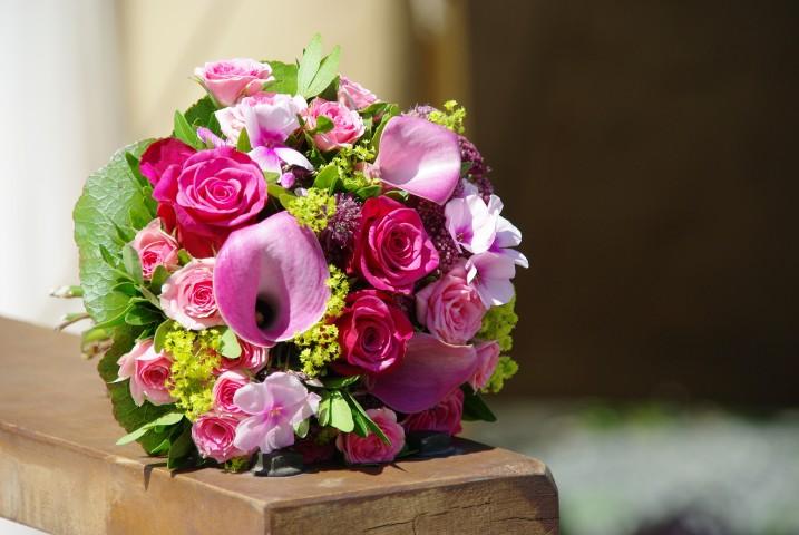 Brautstrauß & Hochzeitsstrauß – Schöne Blumen für die Braut