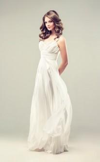 Empire-Brautkleid aus fließendem Stoff