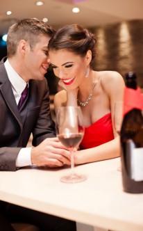 Heiratsantrag klassisch im Restaurant