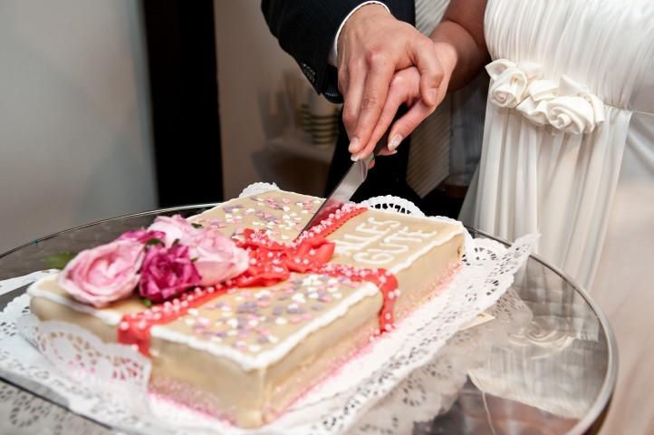 Hochzeitstorte selber backen: Tipps und Tricks - Hochzeit.com