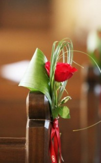 Hochzeitsdeko für die Kirche: Blumendeko-Ideen für die Kirche