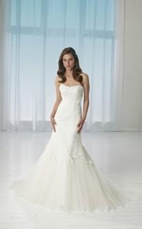 Brautkleid im Meerjungfrauen-Stil