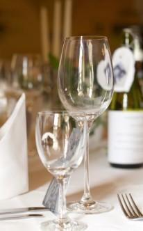 Individuell mit Weinflaschen