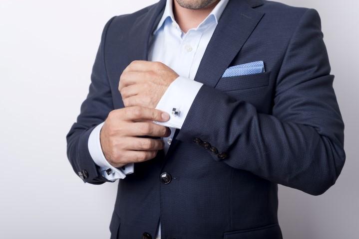 Moderner blauer Stresemann