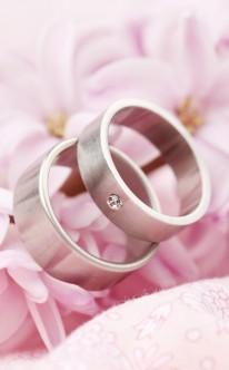 Schlichte Eheringe in Silber