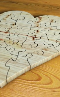 Holzpuzzle als originelles Geschenk