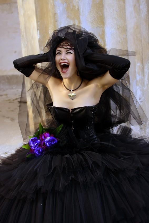 Brautkleid für eine Gothic Hochzeit