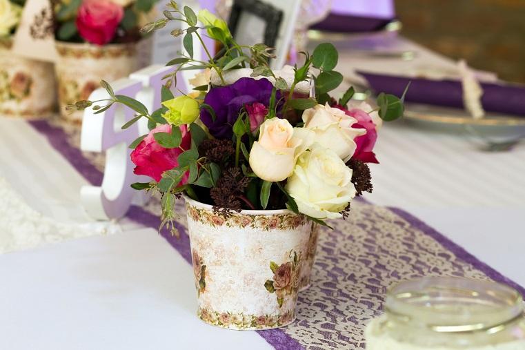 Violett – Elfenbein – Smaragdgrün – Gold Orange – Creme ...