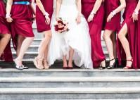 Hochzeitsoutfit: Mit Farbe Akzente setzen