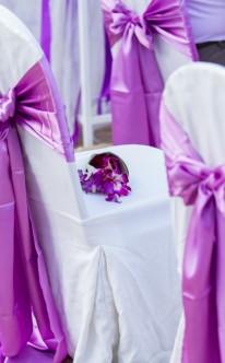 Stuhldeko in Violett