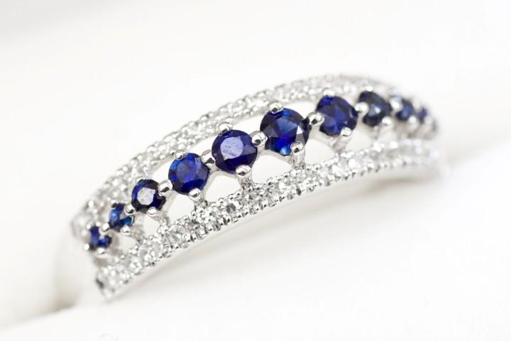 Edelsteine im verlobungsring bedeutung der juwelen for Verlobungsring blauer stein