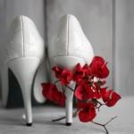 Weiße Brautschuhe aus Glattleder