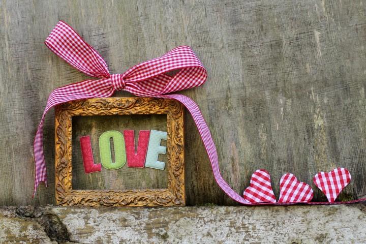 selbst gebastelte geschenke zur hochzeit kreative ideen. Black Bedroom Furniture Sets. Home Design Ideas