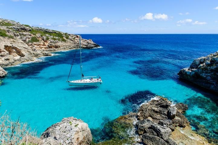 Kristallklares Mittelmeer