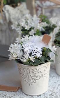 Blumenschmuck im Vintage-Stil für die Hochzeit