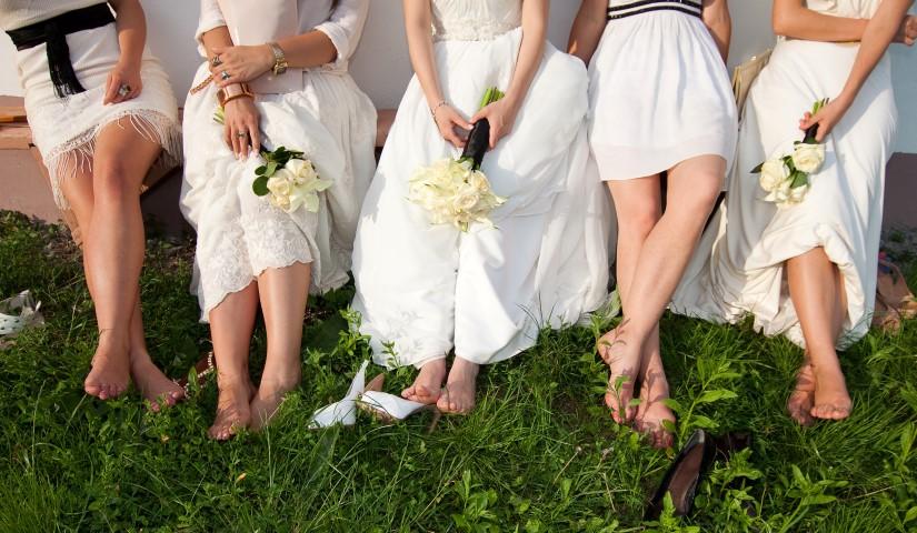 Frauen heiraten sich selbst