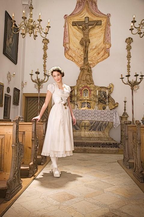 Alternativen Zum Brautkleid Heiraten In Anzug Tracht Co