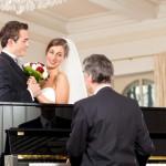 Die musikalische Untermalung bei Hochzeiten: Von romantisch bis humorvoll