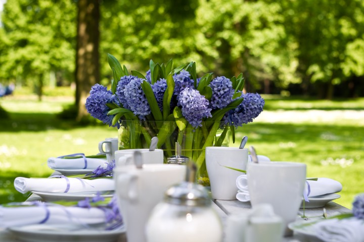 Sommerliche Tischdeko Ideen Fur Eine Hochzeit Im Freien Hochzeit Com