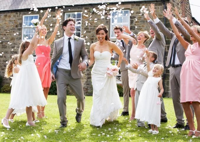 Den Überraschungseffekt einer Ambush Wedding wird garantiert kein Gast je vergessen