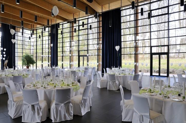 Sitzordnung Zur Hochzeit Die Richtige Tischordnung