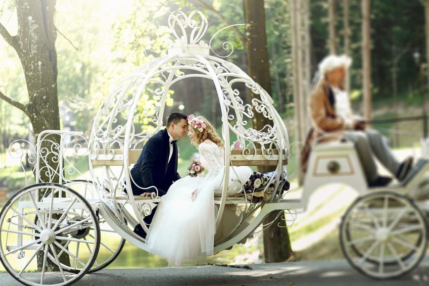 Romantische Hochzeitskutsche