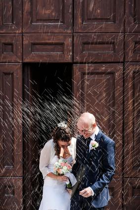 Warum wird auf Hochzeit Reis geworfen?
