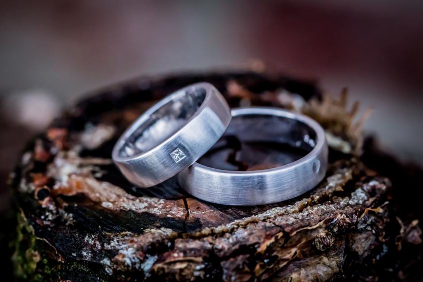 Verlobungsringe Silber Trends mit Stein und Gravur