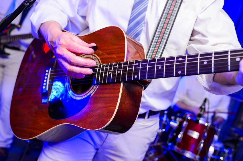 Hochzeitsband: Kosten für Live Musik oder DJ