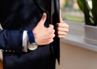 Edle Uhren: Ein Must-Have für das gelungene Hochzeitsoutfit