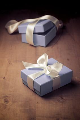 Als Geschenk zur Hochzeit sind edle Uhren äußerst beliebt