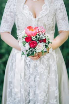 Hochzeitsdirndl Tipps zum Dirndl als Brautkleid