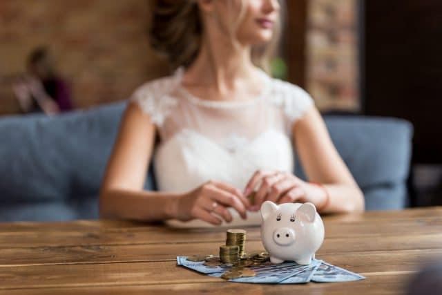 Hochzeitskredit: Bedingungen und Voraussetzungen für Arbeitnehmer sowie Selbständige im Überblick